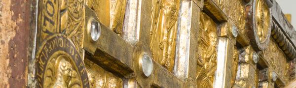 Det gyldne alter fra Sahl under lup